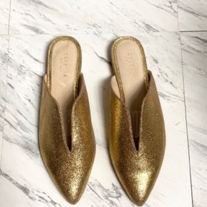Cecelia New York Moxy Slides Gold Flats Pointed